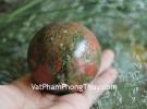Quả cầu đá hồng lục bảo DT178-1452