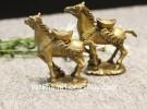 Ngựa đồng đèo vàng D143