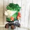 Bắp cải xanh khủng chữ Phước trên bụi mẫu đơn đỏ LN065