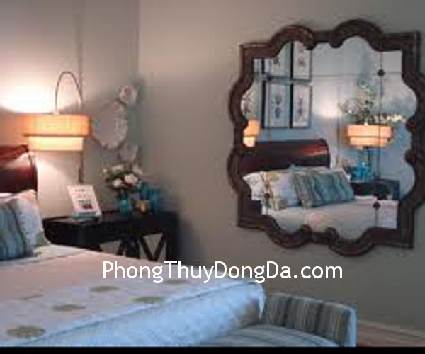 4ffab44461ng ngu.jpg Ảnh hưởng của gương trong phòng ngủ