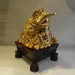 coc vang de go lon e058 2 150x150 Thiềm thừ trên tiền vàng Y046