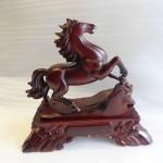 ngua go E268 150x150 Ngựa Trí Tại Thiên Lý E268