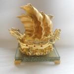 thuyen vang e216 150x150 Thuyền buồm đầu rồng vàng E216