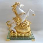 ngua trang a029 150x150 Tượng ngựa đắc thắng A029