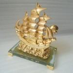 k166m thuyen buom 2 150x150 Thuyền buồm vàng nhỏ K166M